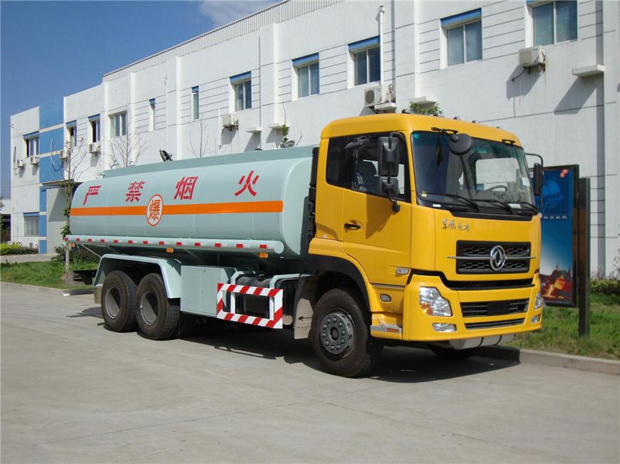 东风15方-30方油罐车展示图1