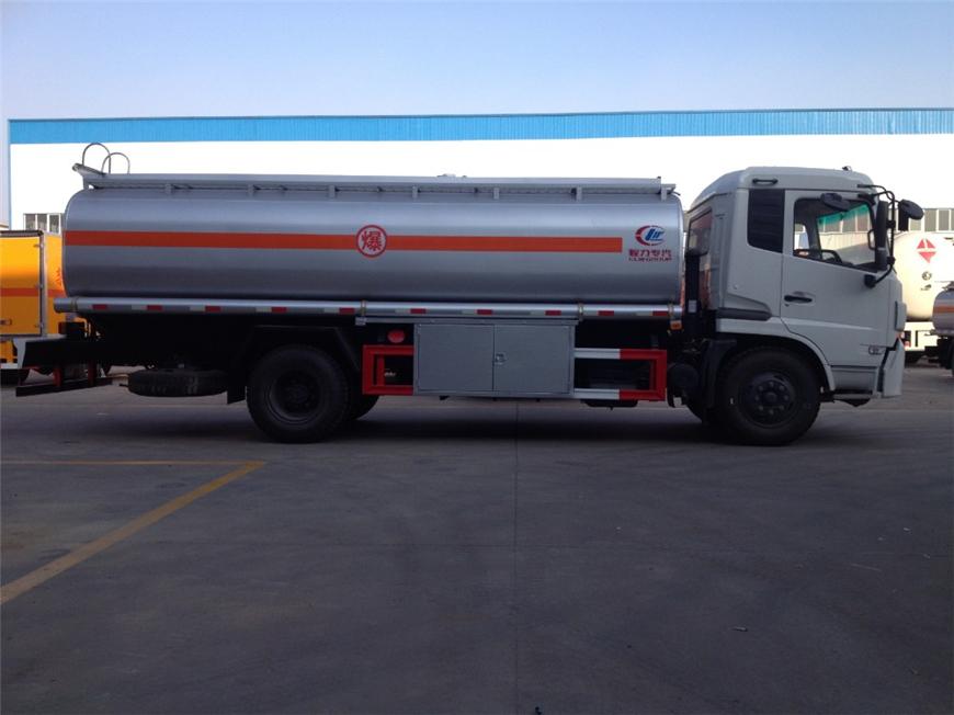 东风15方-30方油罐车展示图7