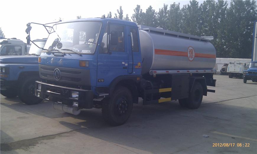 东风15方-30方油罐车展示图9