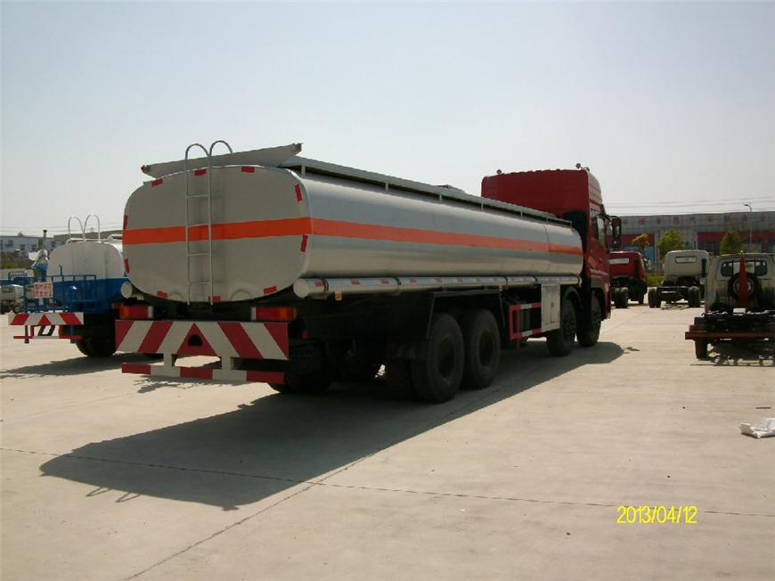 东风30方-40方油罐车展示图5