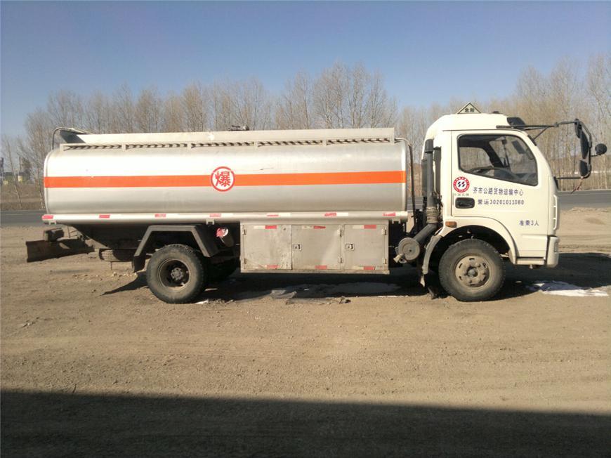 东风5m³-15m³油罐车展示图6