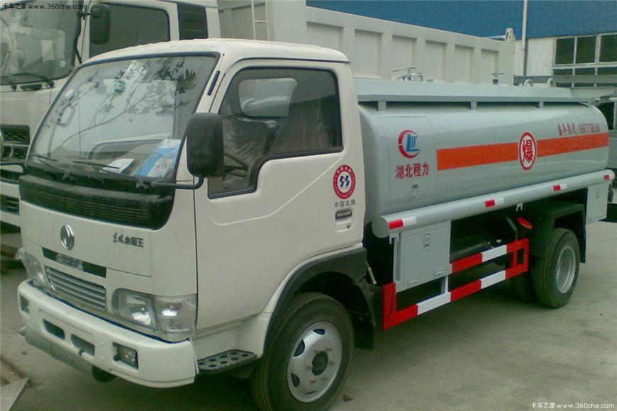 东风5m³-15m³油罐车展示图3